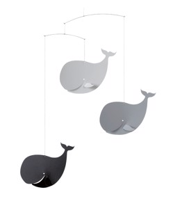 Mobile design scandinave Flensted | Happy Whales greyscale | Manipani boutique montessori bébé